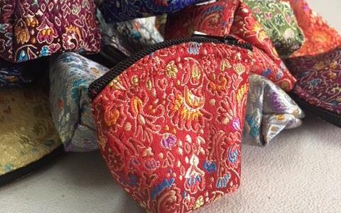 Quilted, zippered stone bags